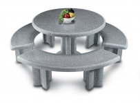 Tavoli e panchine